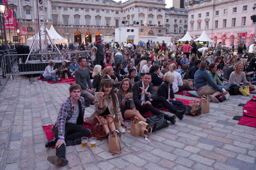 somerset-house-crowd