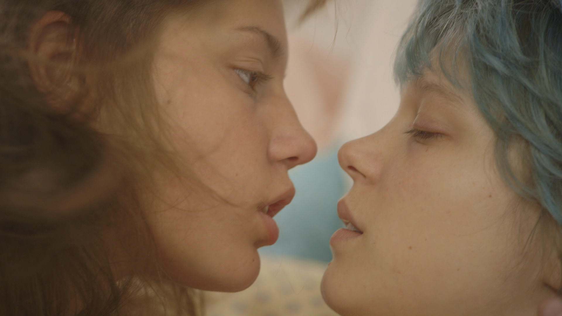 Blue is the warmest colour review