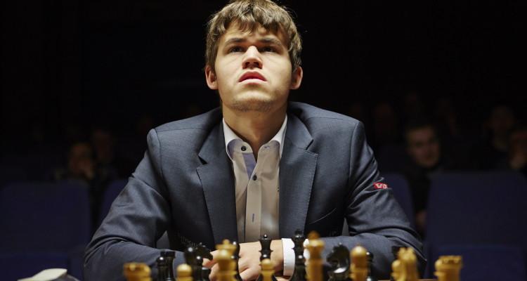 magnus_still_magnus-chess-frontal_org_print